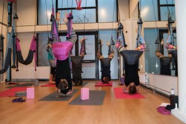Yogaswing lessen in Haarlem bij Elisajo